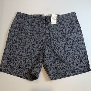 Men's J. Crew Dark Floral Reade Shorts, Size 34 W